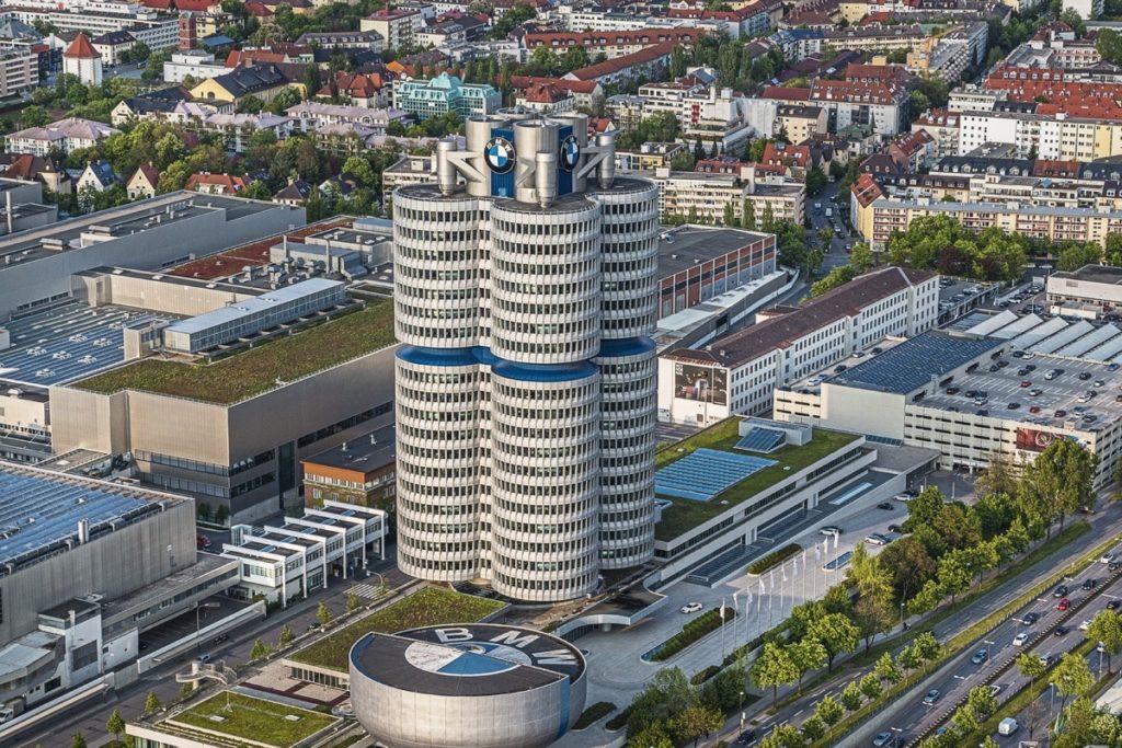 Die BMW Welt von oben